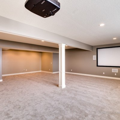 Gameroom Projector Theater